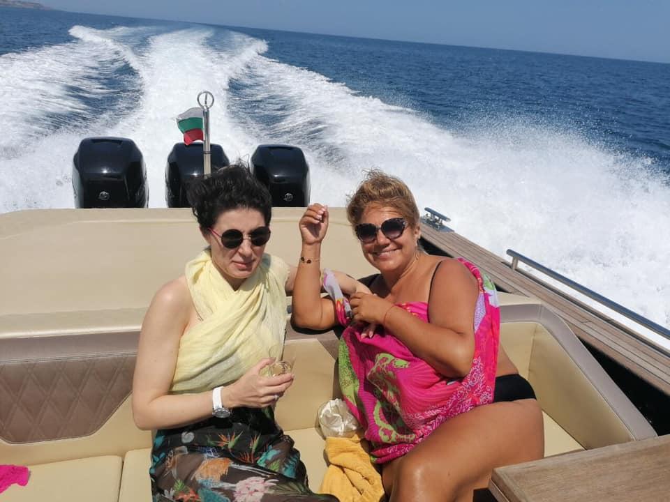 Марта Вачкова на яхта