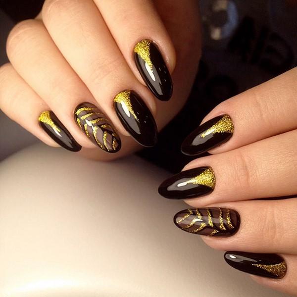 маникюр черно злато
