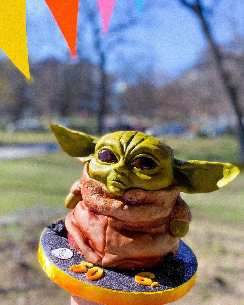 бебе Йода торта