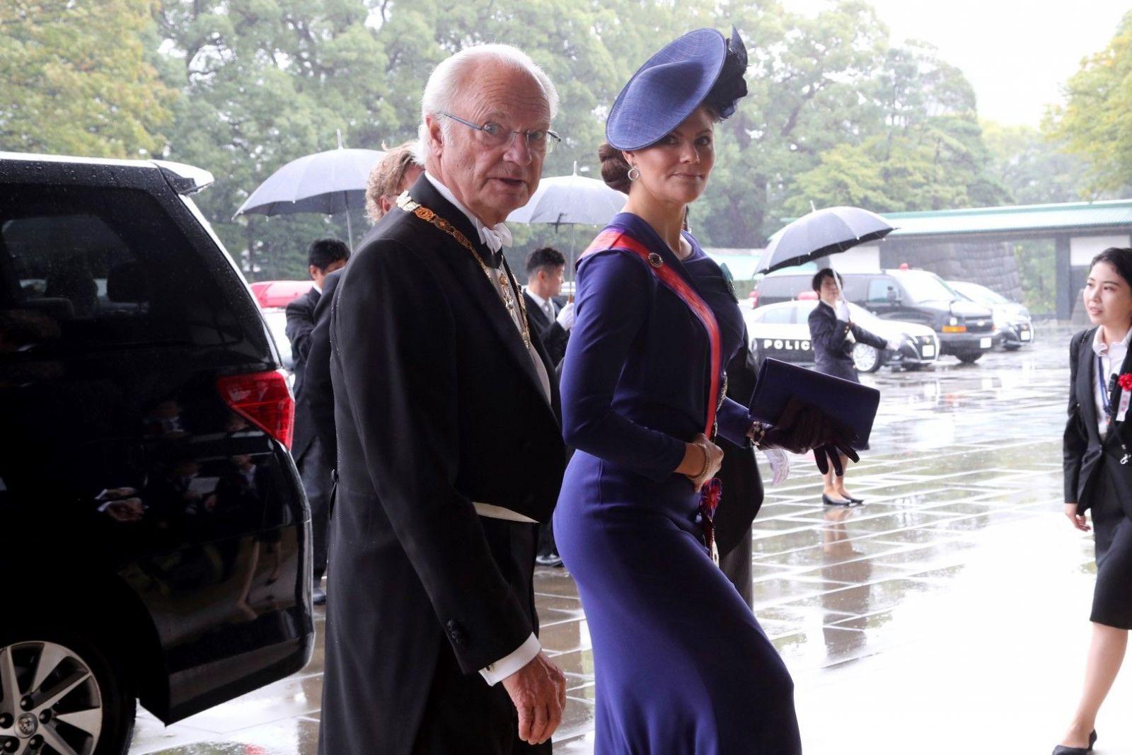 Шведският крал Густав и принцеса Виктория
