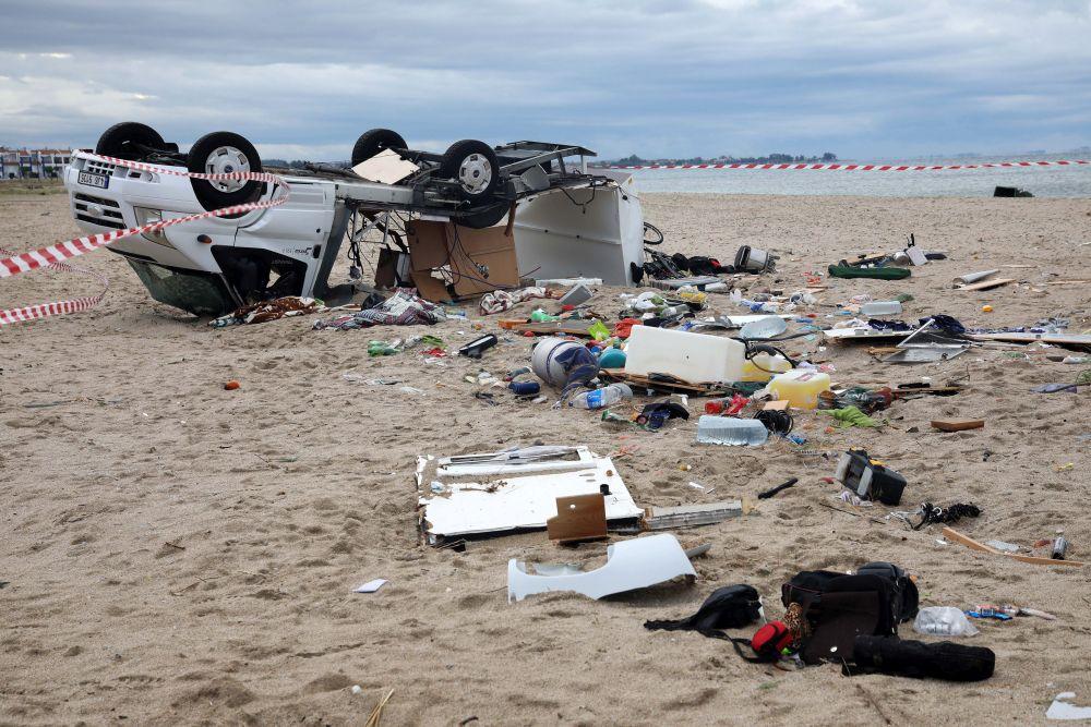 опустошен плаж
