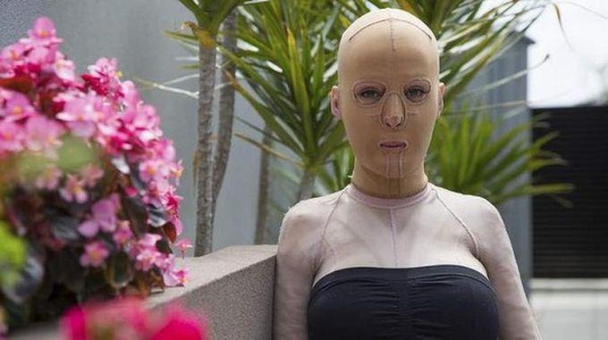 жена без лице