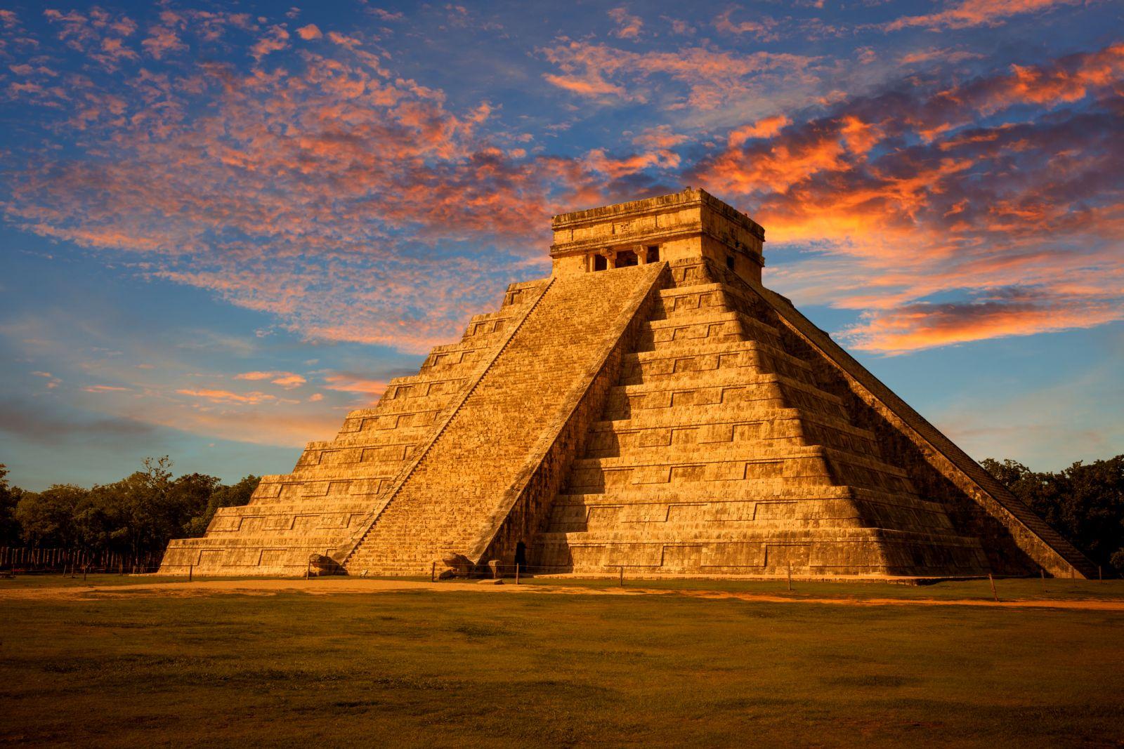 пирамида маи
