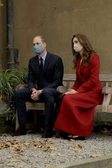 Кейт и Уилям с маски