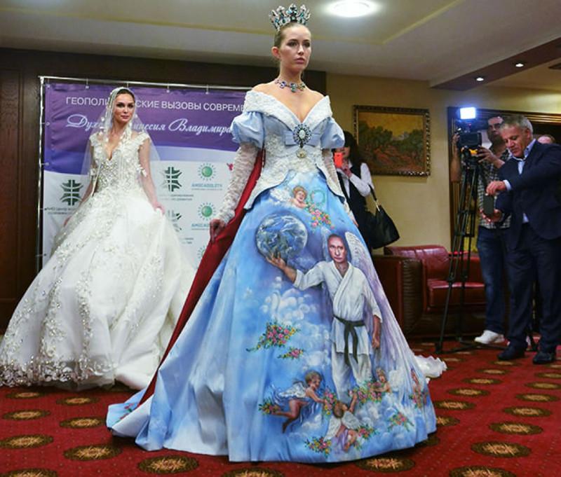 сватбена рокля с лика на Путин