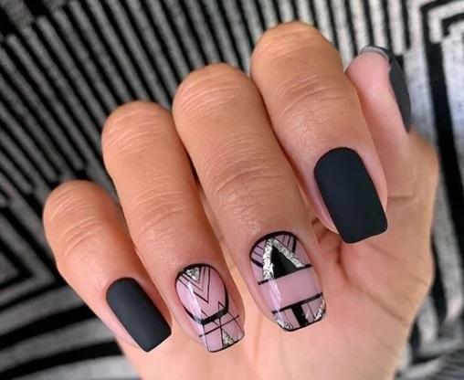 геометричен маникюр черно и розово