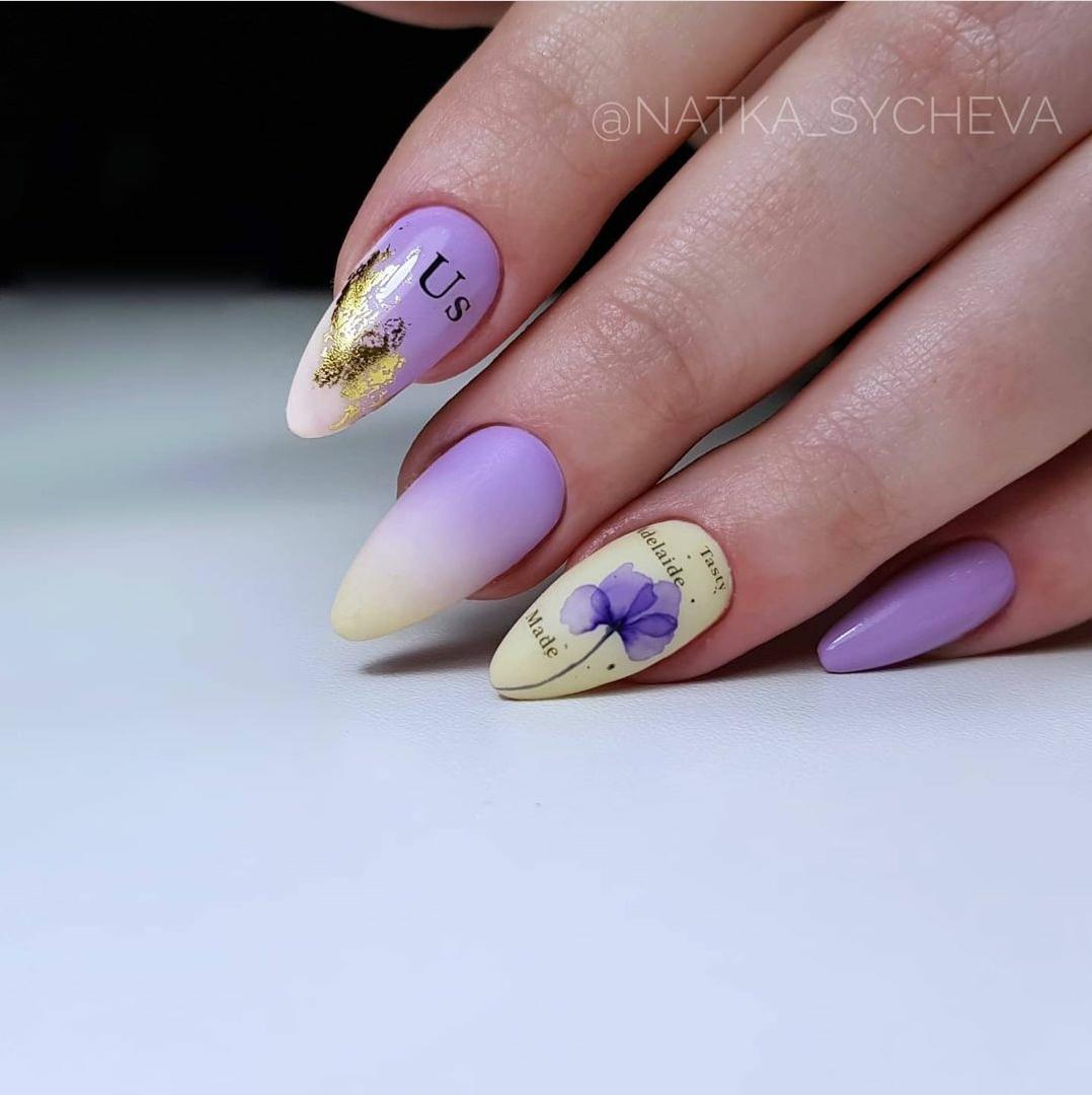 лилав маникюр с фолио