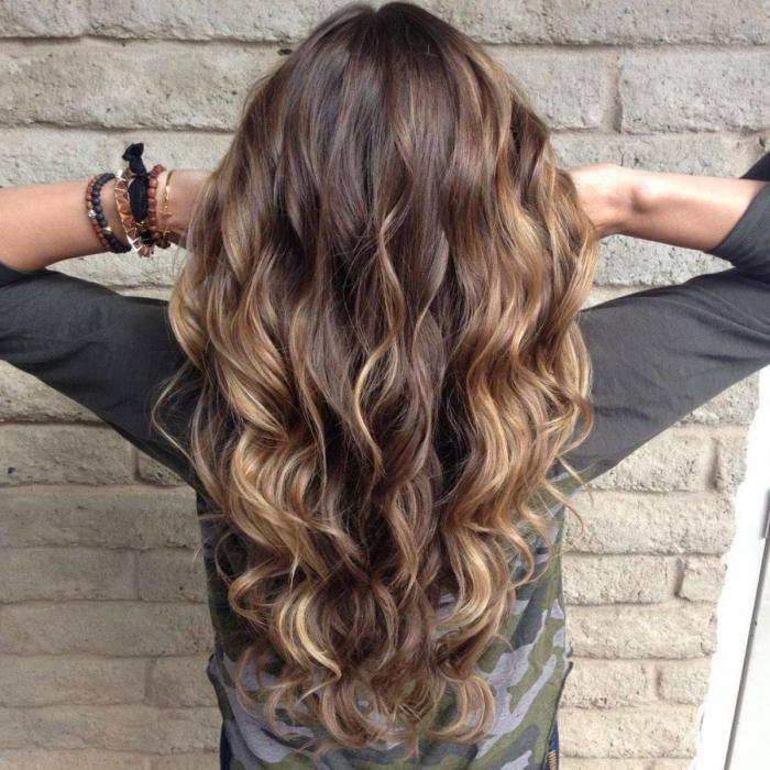 балеж дълга коса