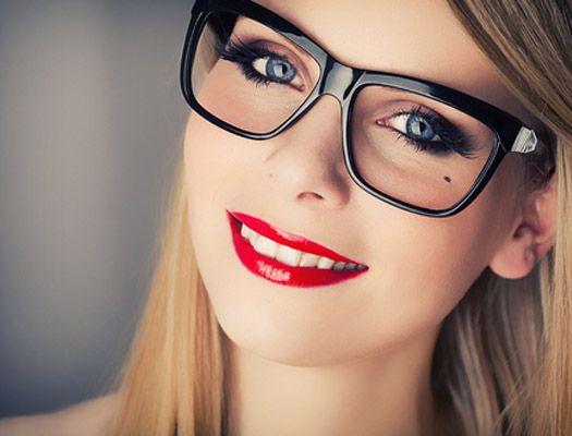 гол грим с очила