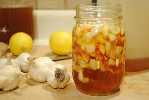 чесън с лимон и мед