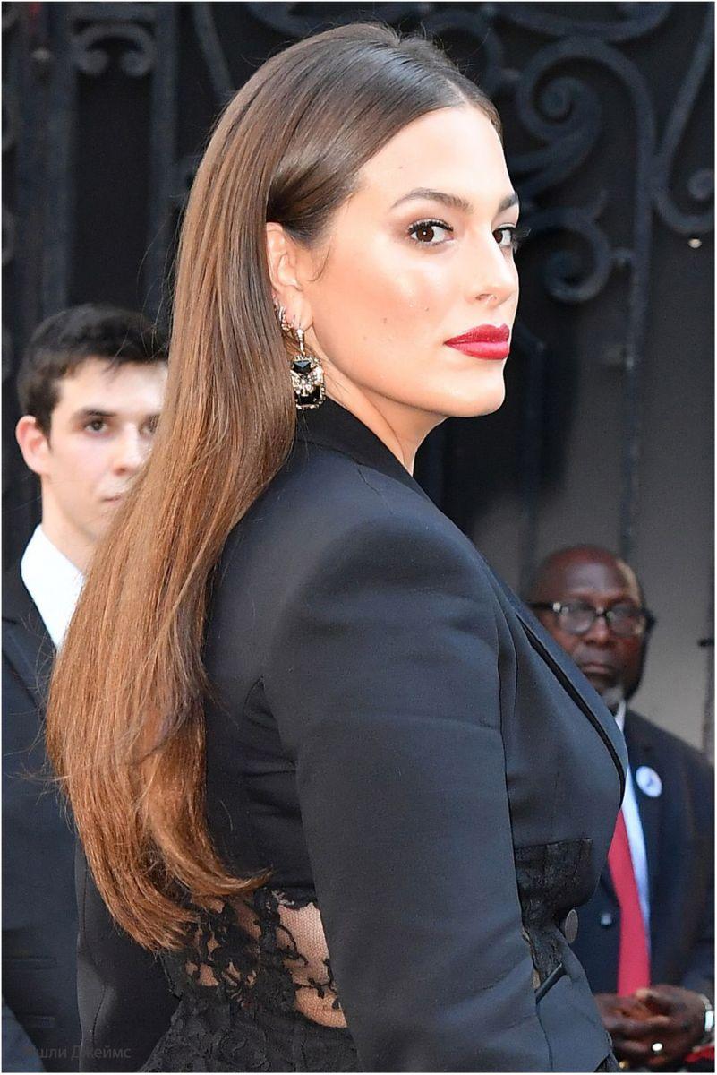 Модни прически за дълга коса 2018 снимки