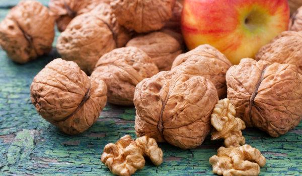 орехи в черупки