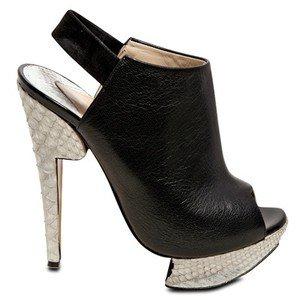 Никълъс Къркууд много високи сандали с нестандартн