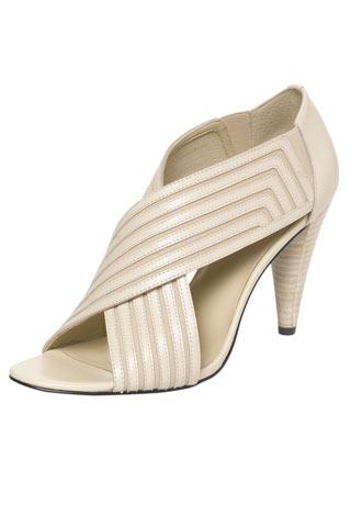 Никълъс Къркууд - Обувки на ток с отворени пръсти