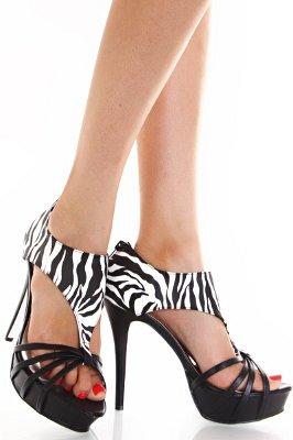 Зебра обувки на платформа с Т-каишка