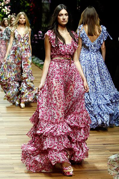 Dolce and Gabbana макси рокля червено и бяло