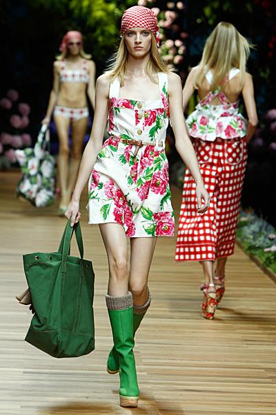 Dolce and Gabbana рокля на големи цветя