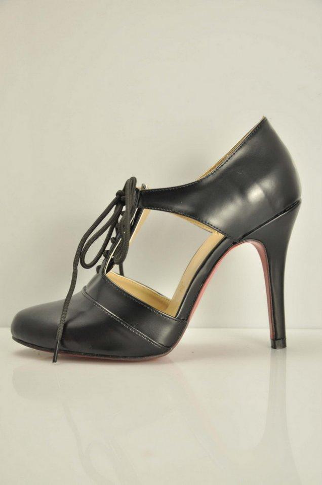 Christian Louboutin-2010-Дантели обувки-black