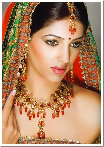 Индийски сватбен грим