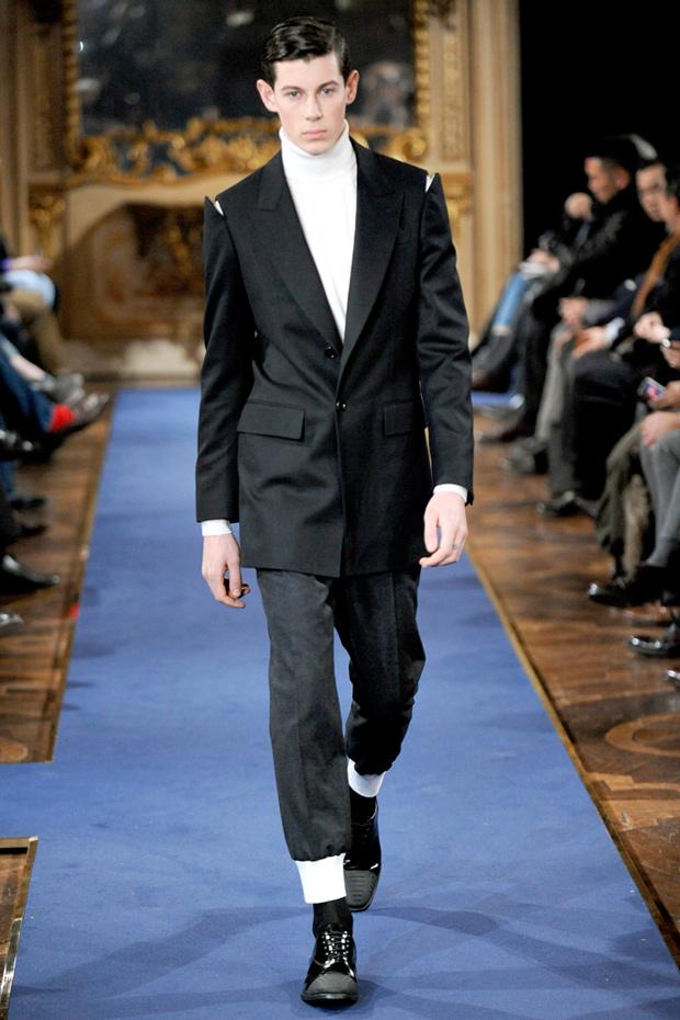 Александър Маккуин 2011 Мъжка Мода Спортно Елегантно Облекло