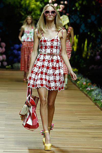 Dolce and Gabbana рокля каре с цветя