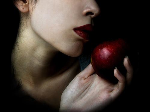 червени устни
