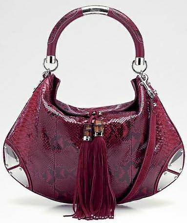 Лачена червена чанта