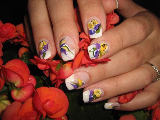 Дантели с цветя