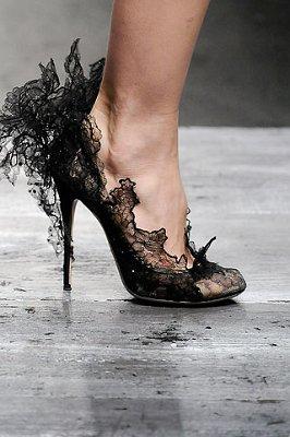 Валентино обувк от дантела