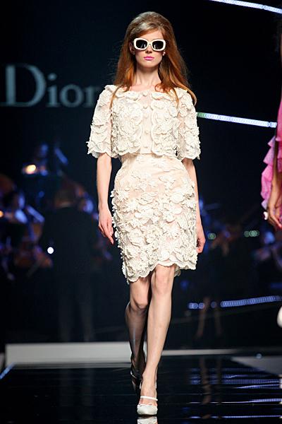 Dior 2011 рокля дантела цвят шампанско