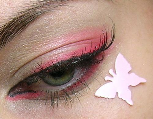 хубав грим в розово
