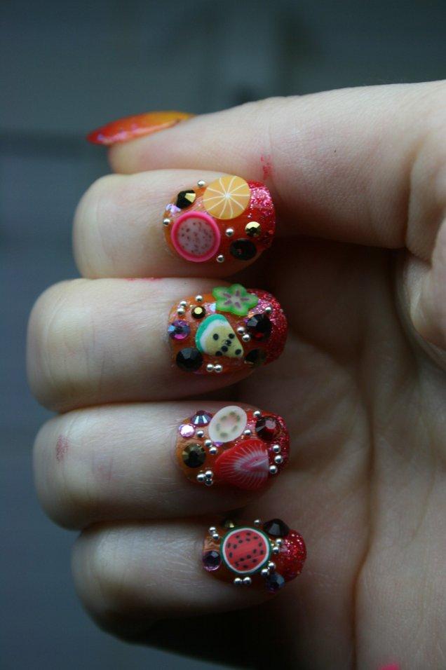 Плодови нокти
