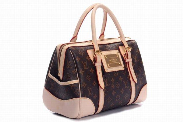 чанта в кафяво с бежови елементи за всеки ден