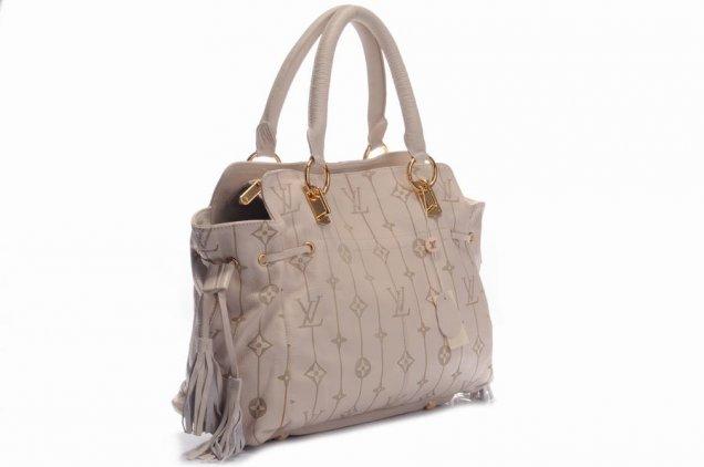 бежова чанта с цип и връзка стягане-Lv
