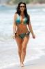 Ким Кардашиан дебютира на плажа