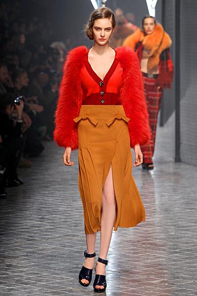 Пола висока талия и жилетка с пухкави ръкави Есен-Зима 2011 Sonia Rykiel