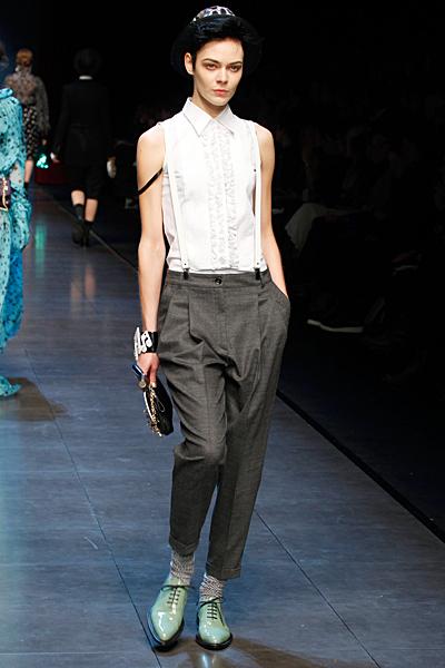 Сив панталон с тиранти  Есен-Зима 2011 Dolce and Gabbana