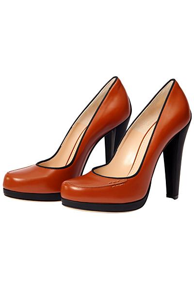Кафяви обувки на ток Bally Есен-Зима 2011