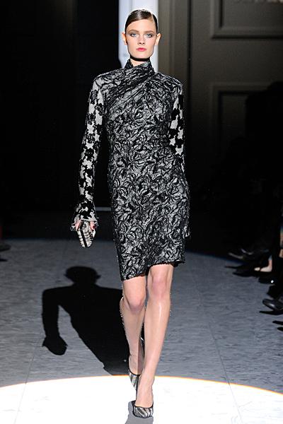 Елегантна рокля по тялото с ръкави и поло яка Есен-Зима 2011 Salvatore Ferragamo