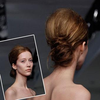 Прическа кок-навита коса