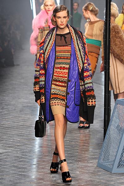 Плетена рокля и палто Есен-Зима 2011 Sonia Rykiel