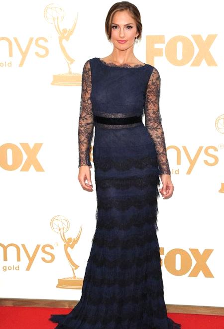 """Минка Кели от """"Ангелите на Чарли"""" рокля Dior"""