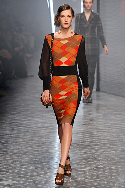 Плетена рокля с ромбове Есен-Зима 2011 Sonia Rykiel