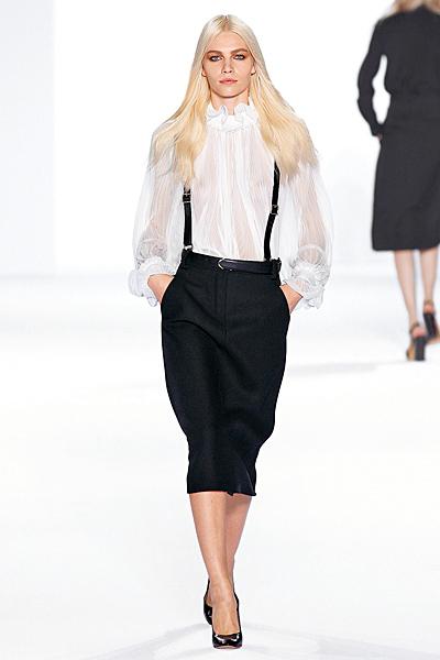 Права черна пола с тиранти и бяла риза Есен-Зима 2011 Chloe
