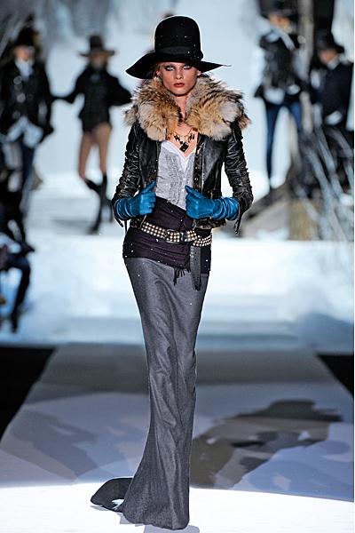 Дълга пола и късо кожено яке с пухкава яка Есен-Зима 2011 Dsquared2