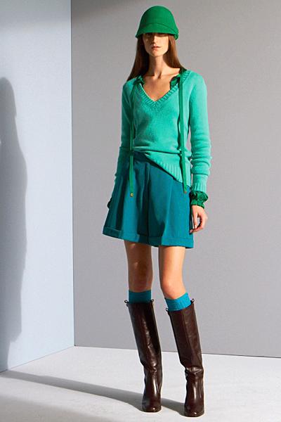 Къси панталони с висока талия и асиметрична блуза Предесенна колекция на Diane von Furstenberg 2011