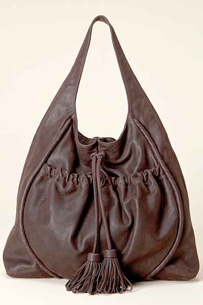 Намачкана чанта за рамо от кожа Vanessa Bruno Есен-Зима 2011