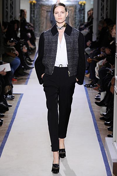 Вълнено сако каре с плетени ръкави в черно с черен тесен панталон Есен-Зима 2011 Yves Saint Laurent