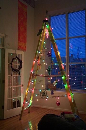Коледна елха от стълба