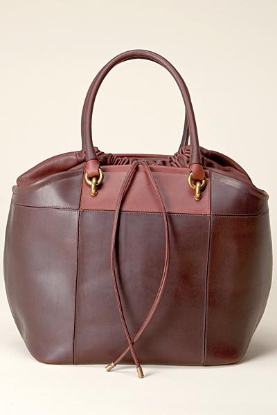 Чанта от твърда кафява кожа Vanessa Bruno Есен-Зима 2011